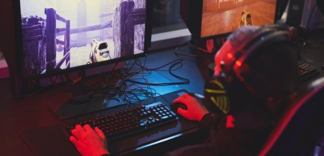 PC gamer de bureau reconditionné clavier souris