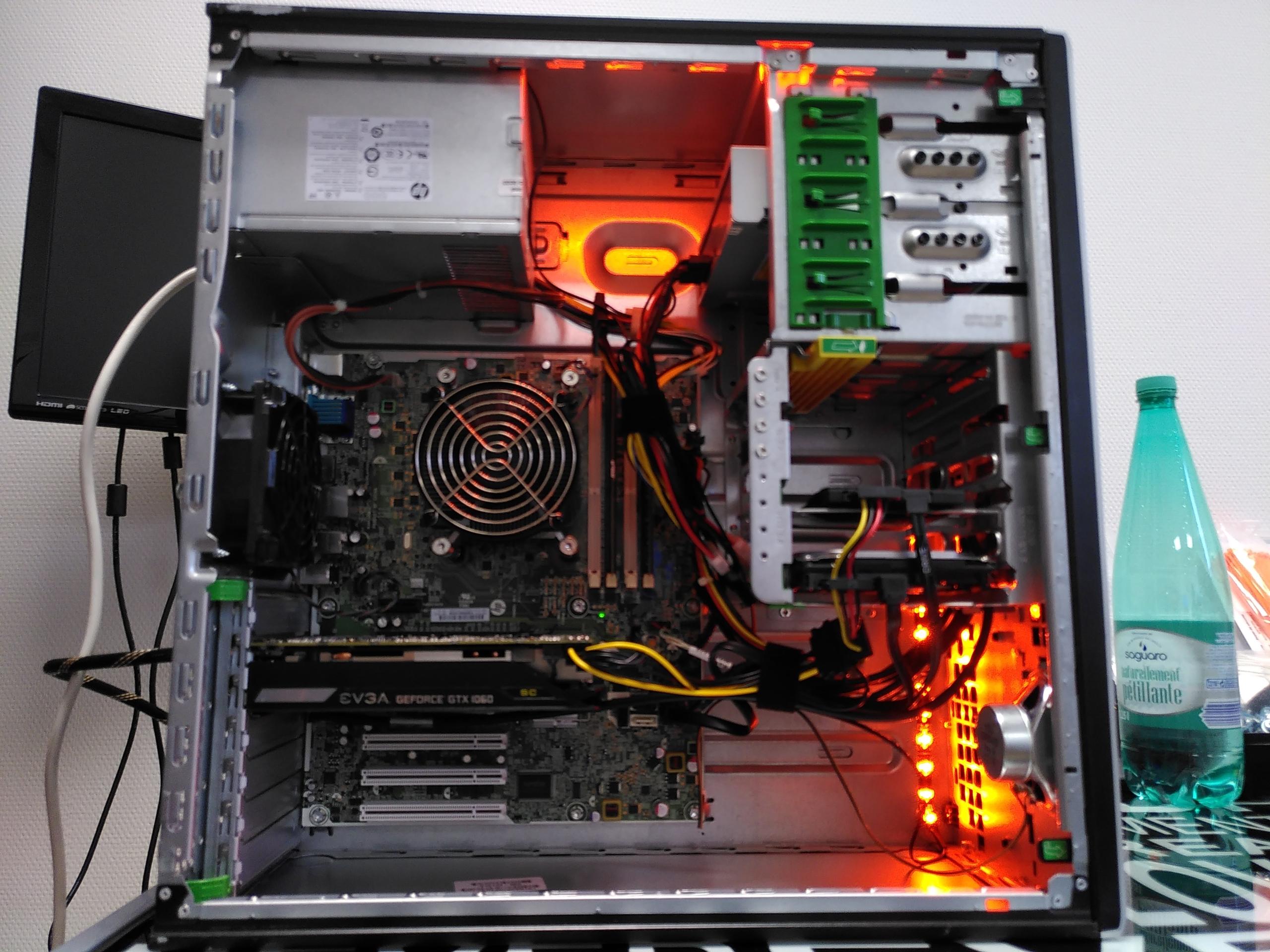 LED gaming oranges dans le PC