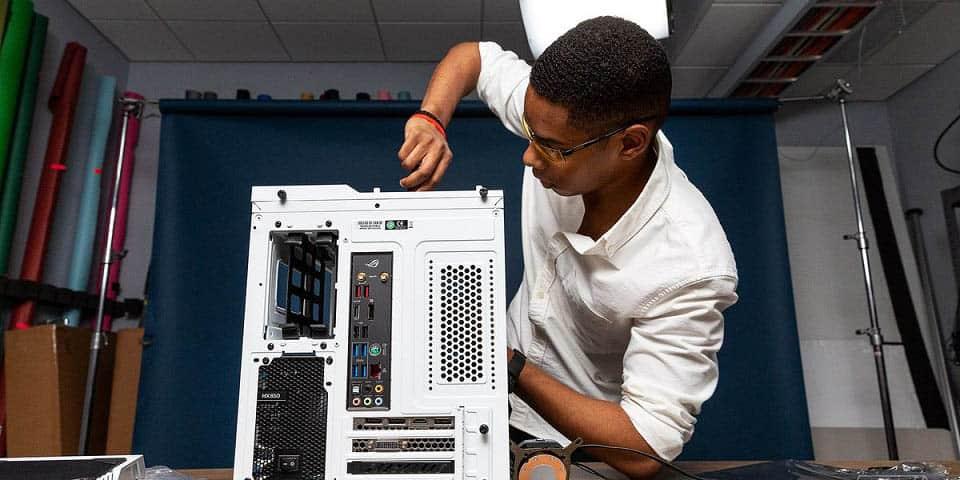 Ouvrir un boîtier PC