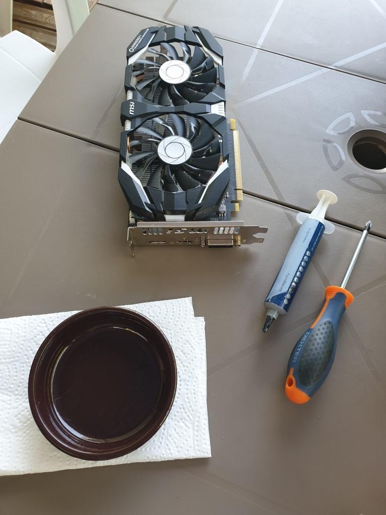 GeForce GTX 1060 3Go pâte thermique à changer